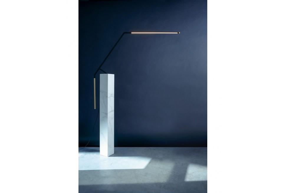 """La lampada da scrivania di NEMO LIGHTING CASSINA """"BIRD"""" by Bernhard Osann da cui spiccare il volo..."""
