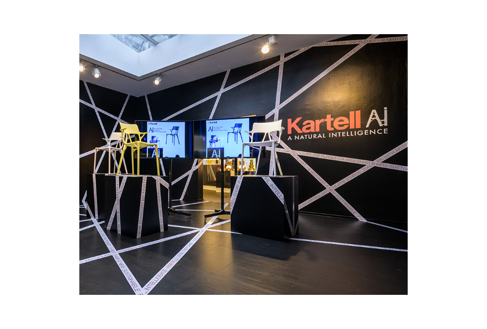 Dalla collaborazione tra Kartell, Philippe Starck e Autodesk la sedia di nuova generazione realizzata in materiale 100% riciclato
